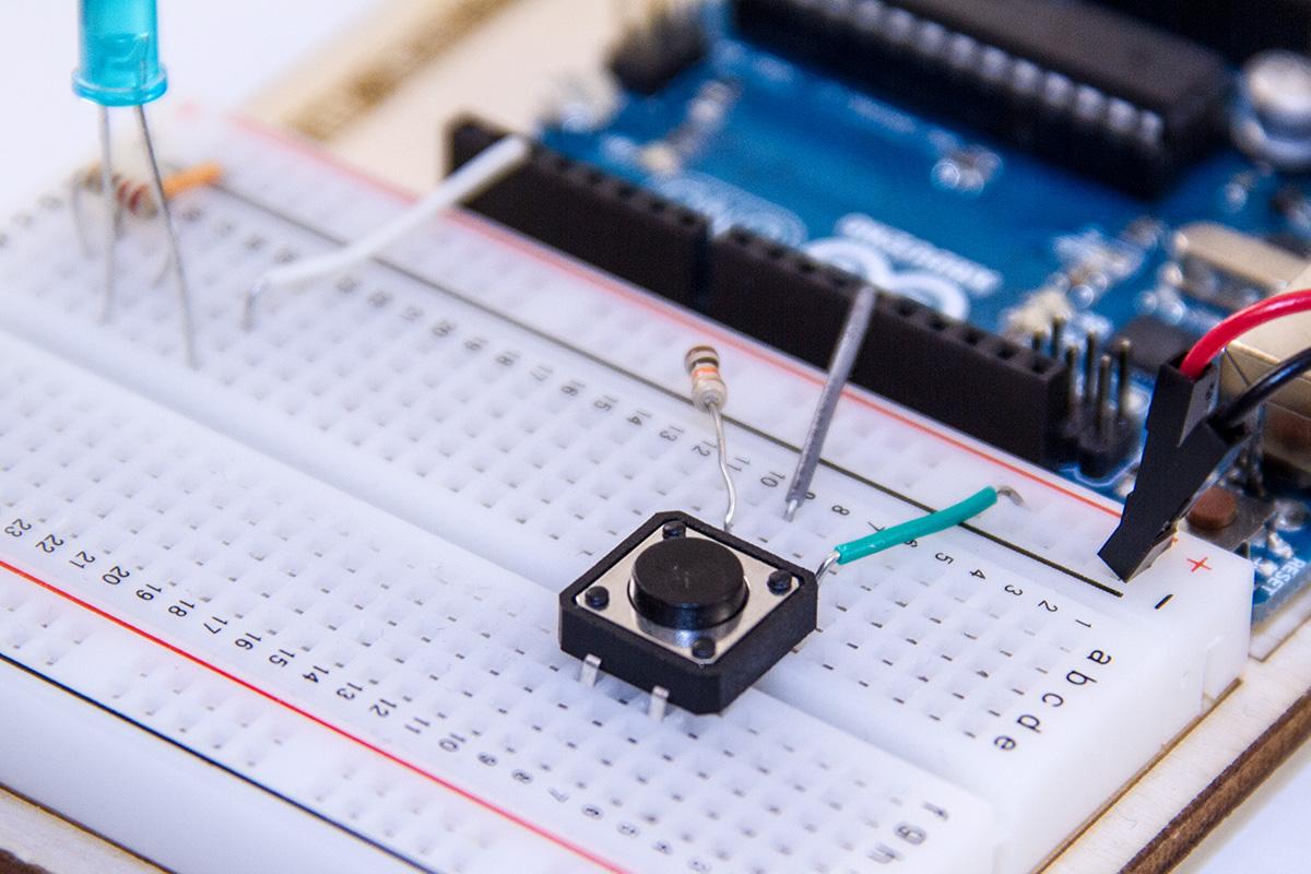 Arduino und Taster – Drucktaster einbinden mit der OneButton Library